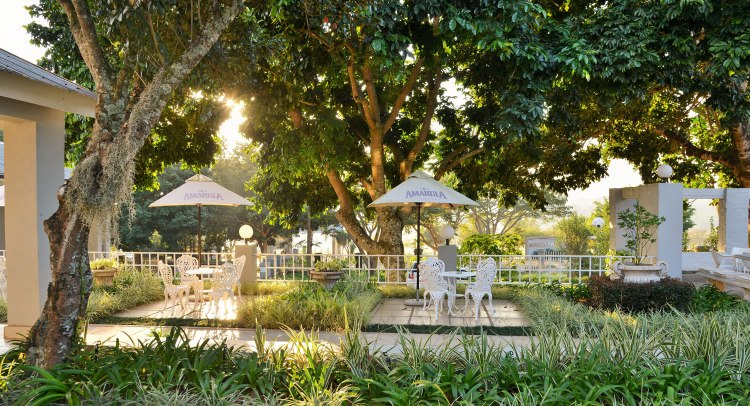Garden-Area-Country-Boutique-Hotel